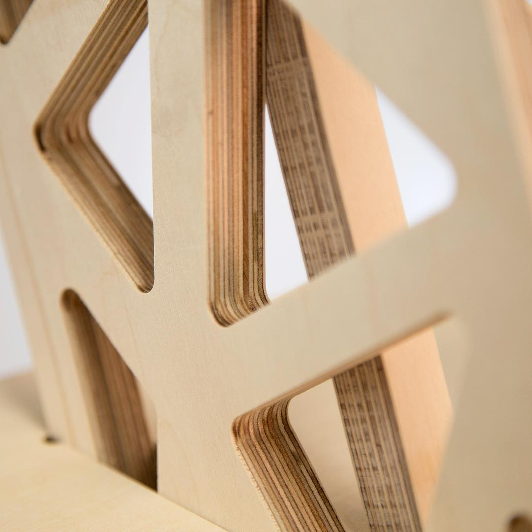 Sneaky peek at version 2 of our standing 's-desk'. It's all in the details. #standingdeskconverter #industrialdesign #officefurniture #ukstartup #productdesign #standingdesk #ergonomics #voronoi #cnc #cncplywood #workingfromhome #workbetter #productphotography #standanddeliver