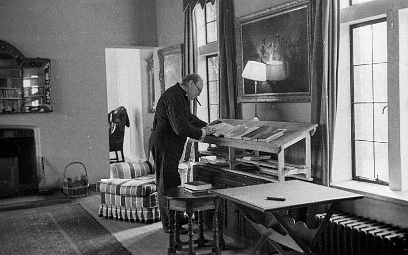 winston churchill working at his standing desk helmm. Black Bedroom Furniture Sets. Home Design Ideas