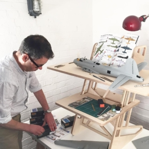 A Multi Level Workbench Perfect For Model Makers Helmm
