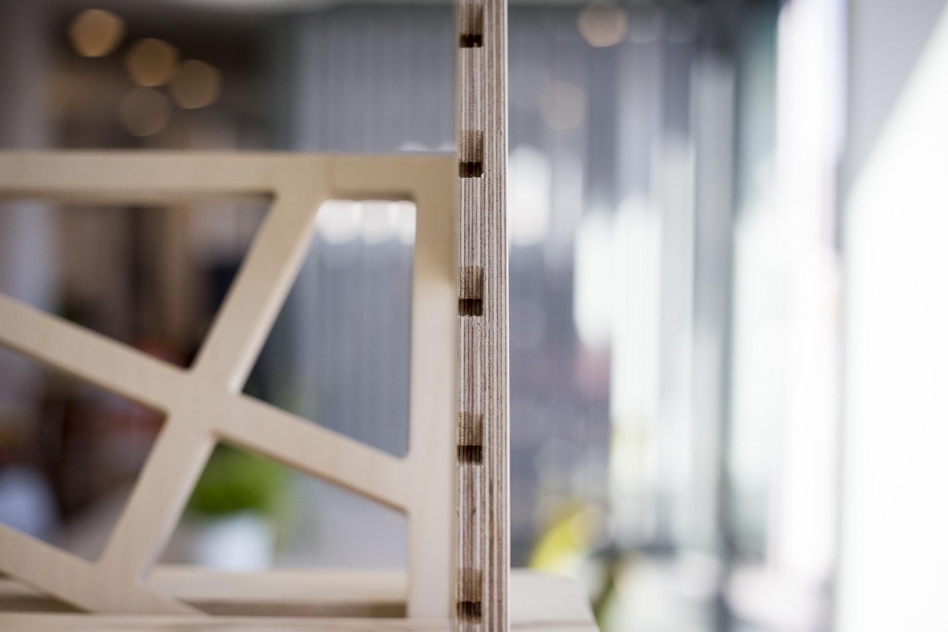 Height adjustable shelf desk notches